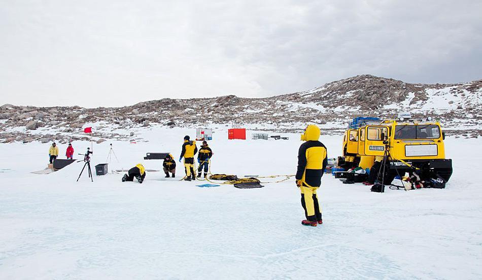Die Stelle für das Experiment liegt nahe der australischen Antarktisstation Casey in der Ostantarktis. Photo: Kristin Raw