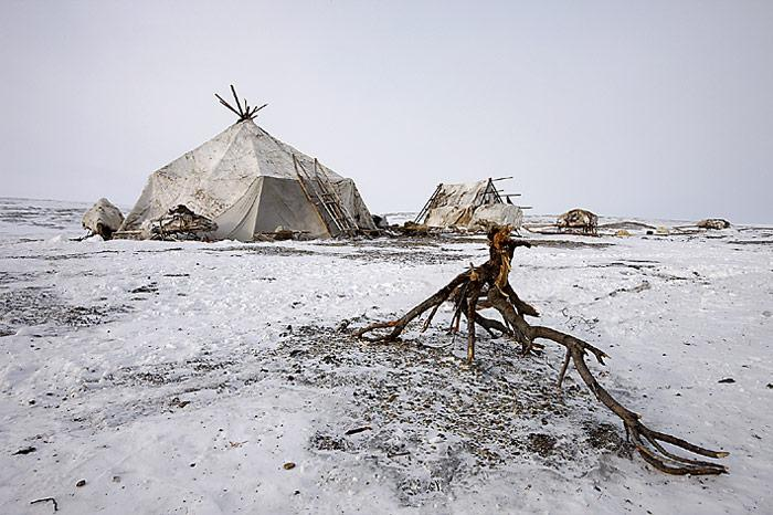 Chuktschi-Camp-2