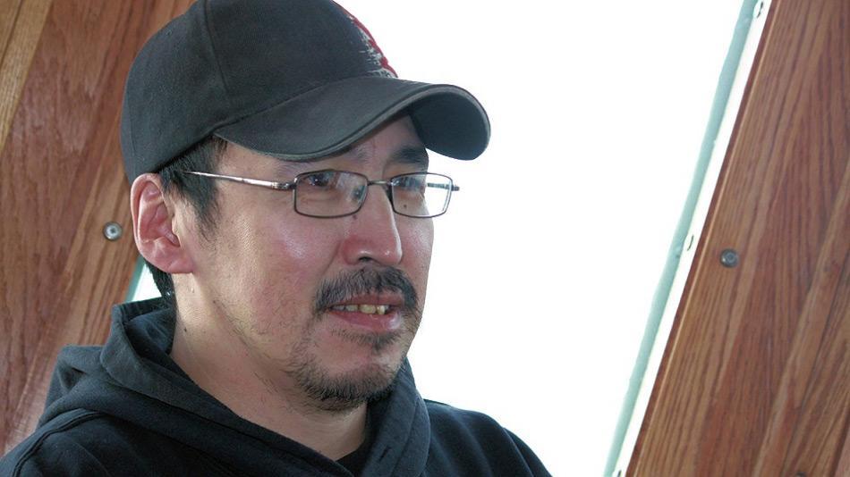 Sammy Kogvik, der in Gjøa Haven, einer kleinen Inuitgemeinde auf King William Island, lebt, war dem Suchteam eben erst beigetreten und gab den entscheidenden Hinweis auf die Fundstelle der HMS Terror. Bild: CTV News